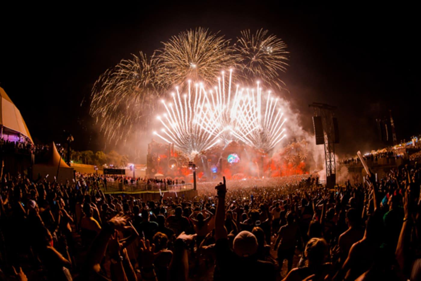 tomorrowland festival a z lead