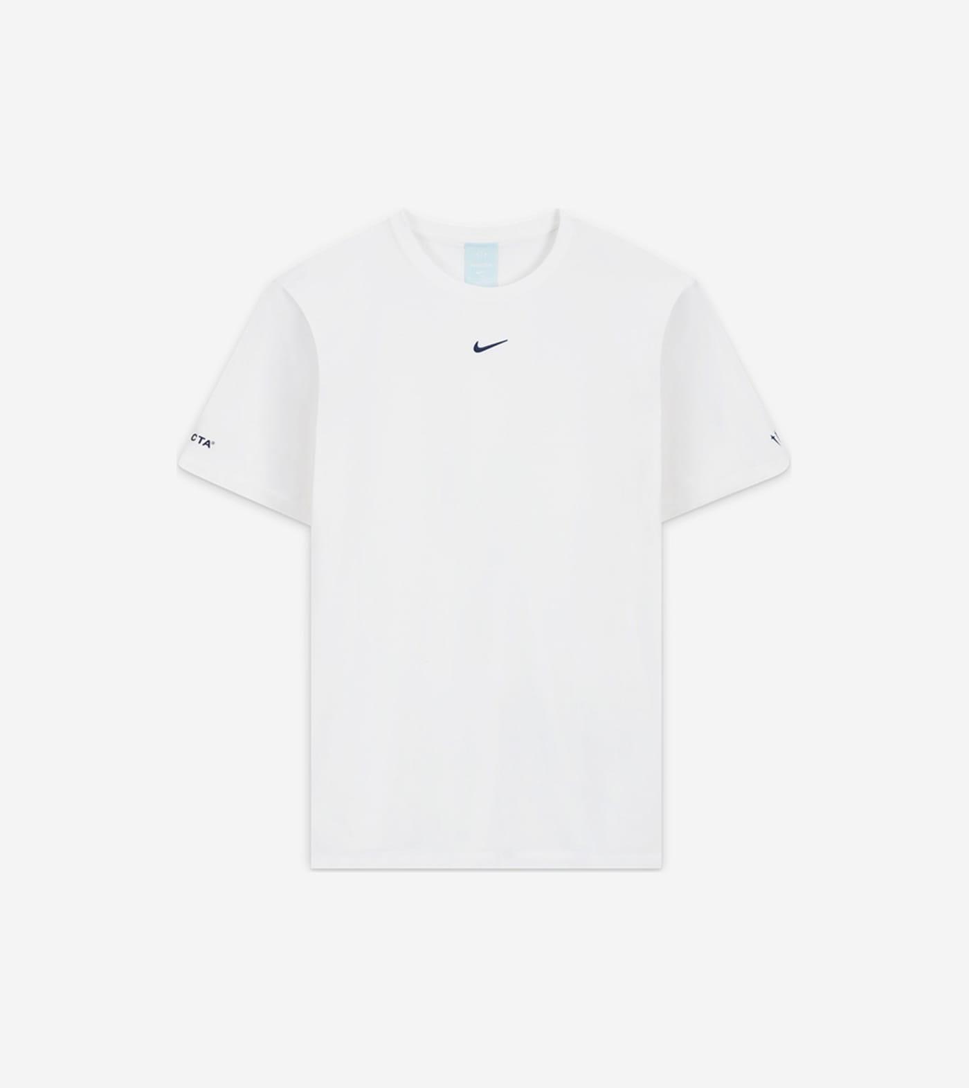 nike-t-shirt-2