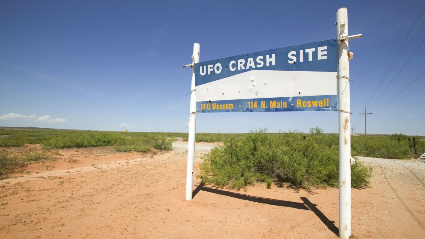 A sign commemorating the alleged UFO crash at Roswell.