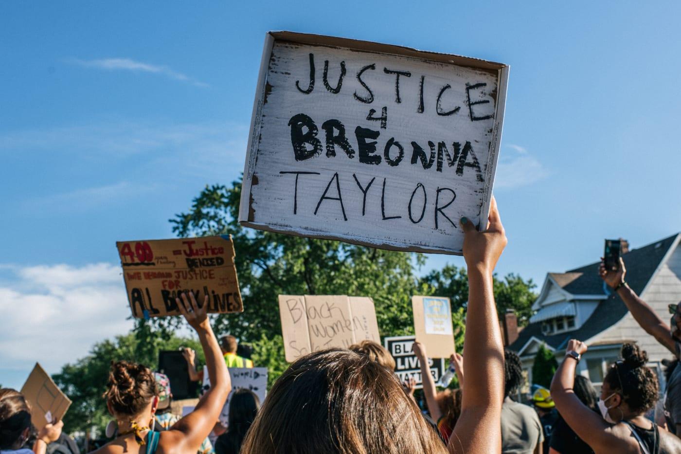 Breonna Taylor sign
