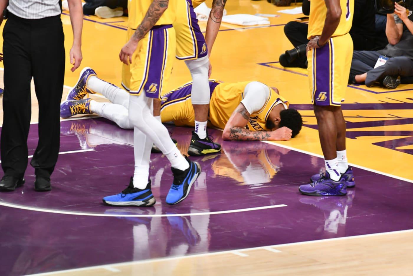 Anthony Davis Lakers Knicks Back 202