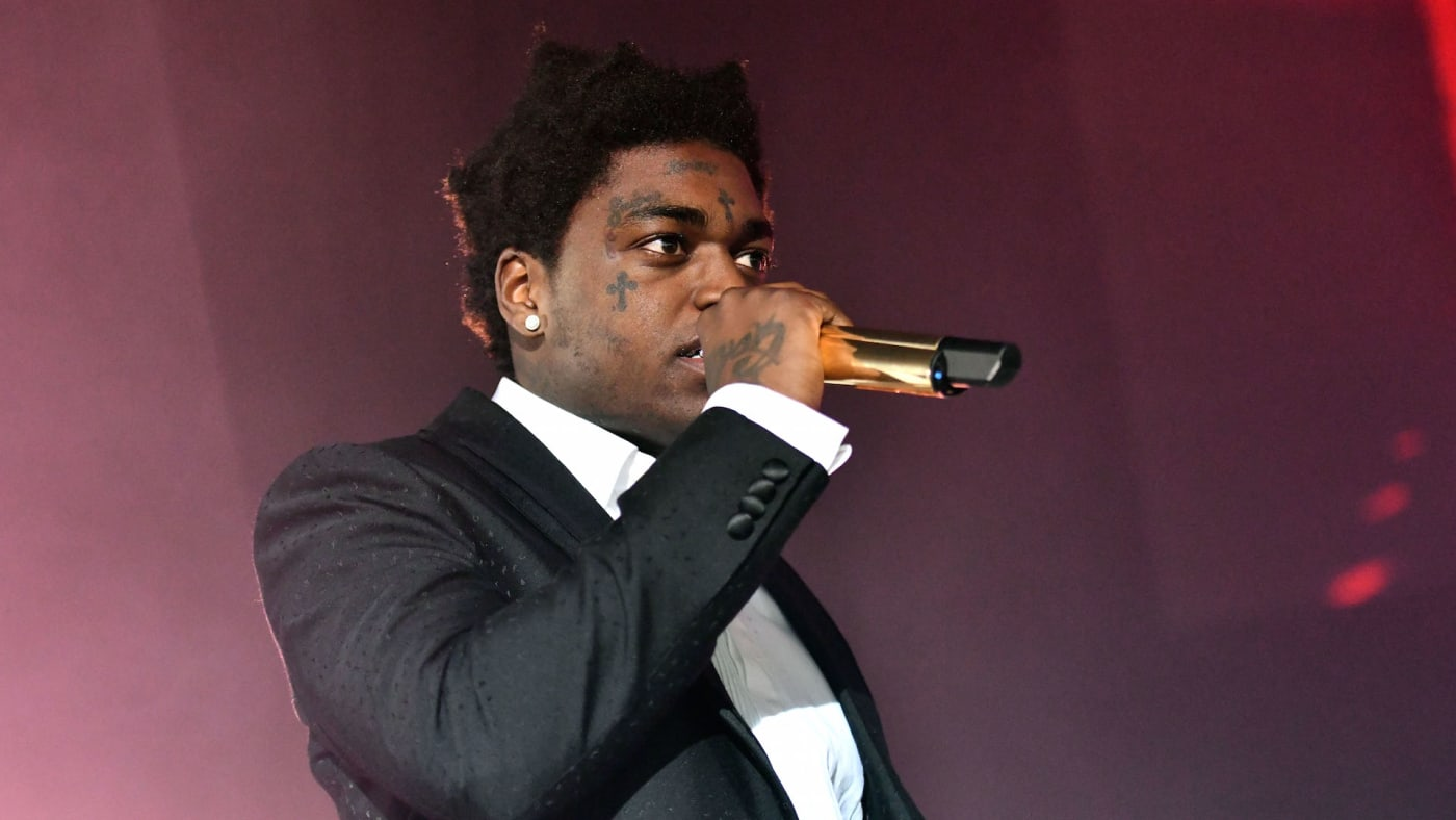 Kodak Black performs onstage during the 'Dying to Live' tour
