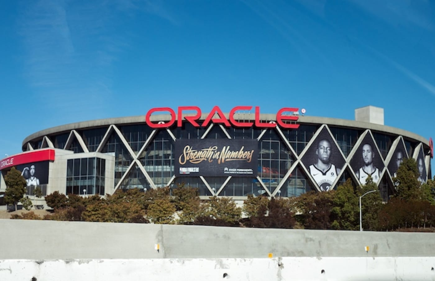 Facade of Oracle Arena, the home of the Golden State Warriors.