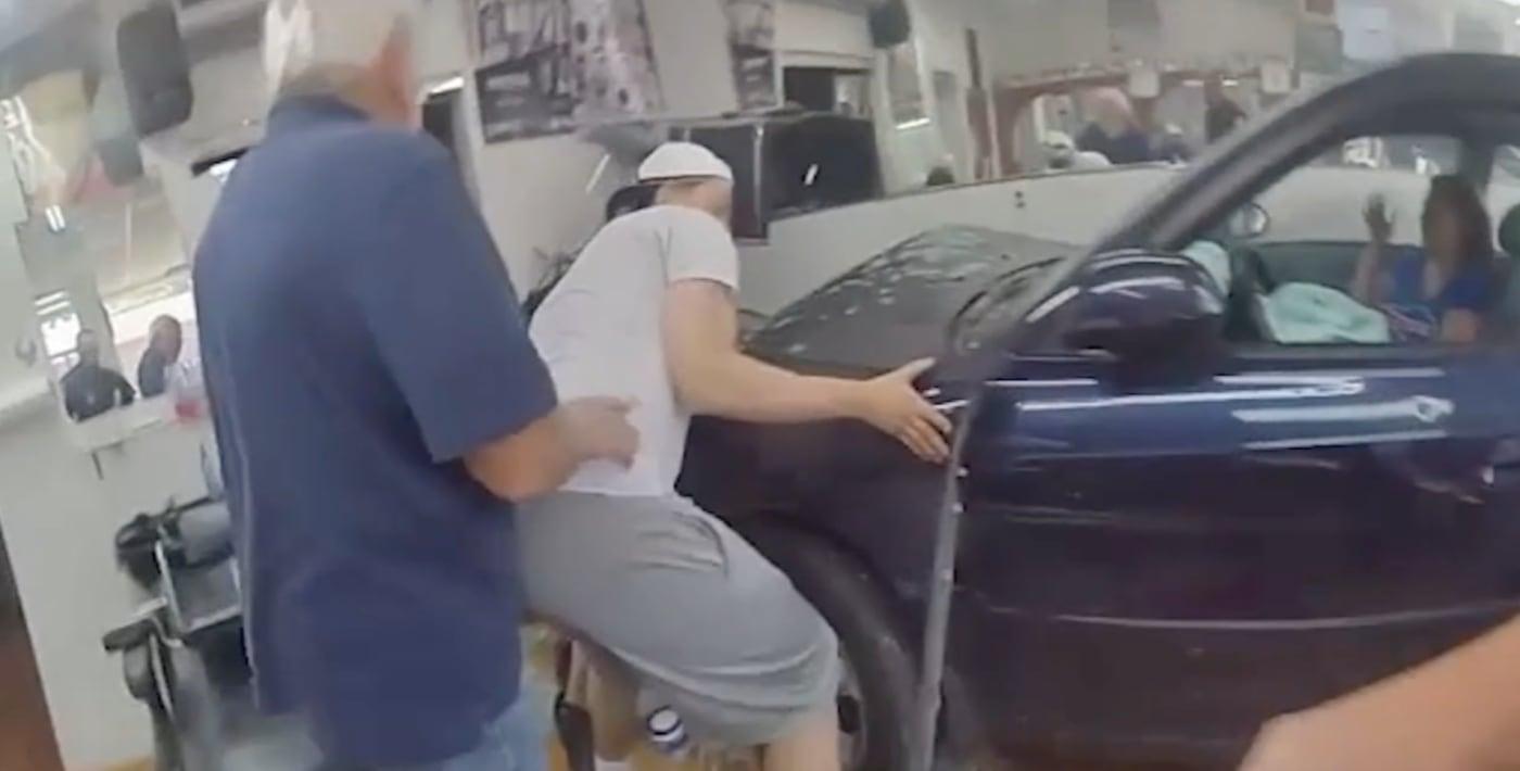 rescue-car