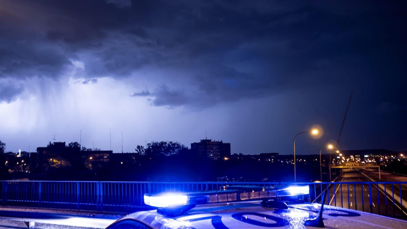 florida cop saves woman