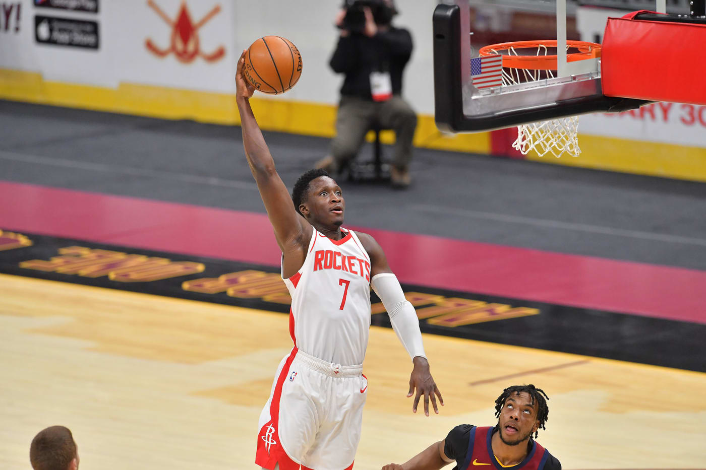 Victor Oladipo performs a dunk for the Houston Rockets