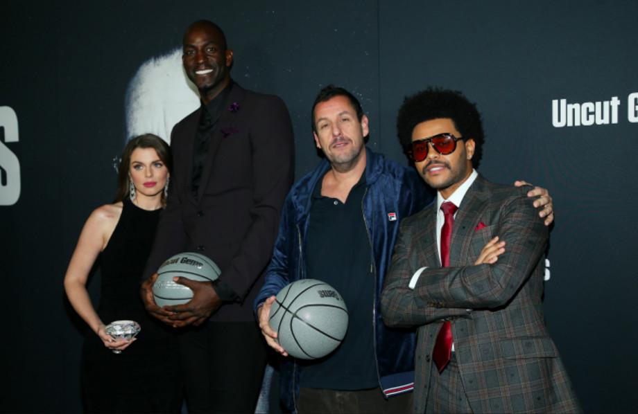"Julia Fox, Kevin Garnett, Adam Sandler and The Weeknd attend the premiere of A24's ""Uncut Gems"""