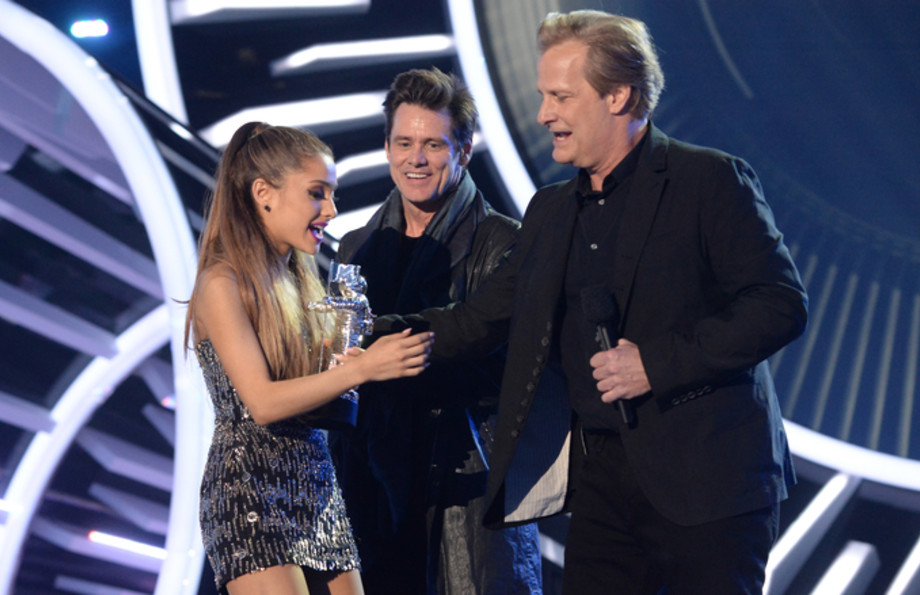 ariana-grande-jim-carrey-vma-awards