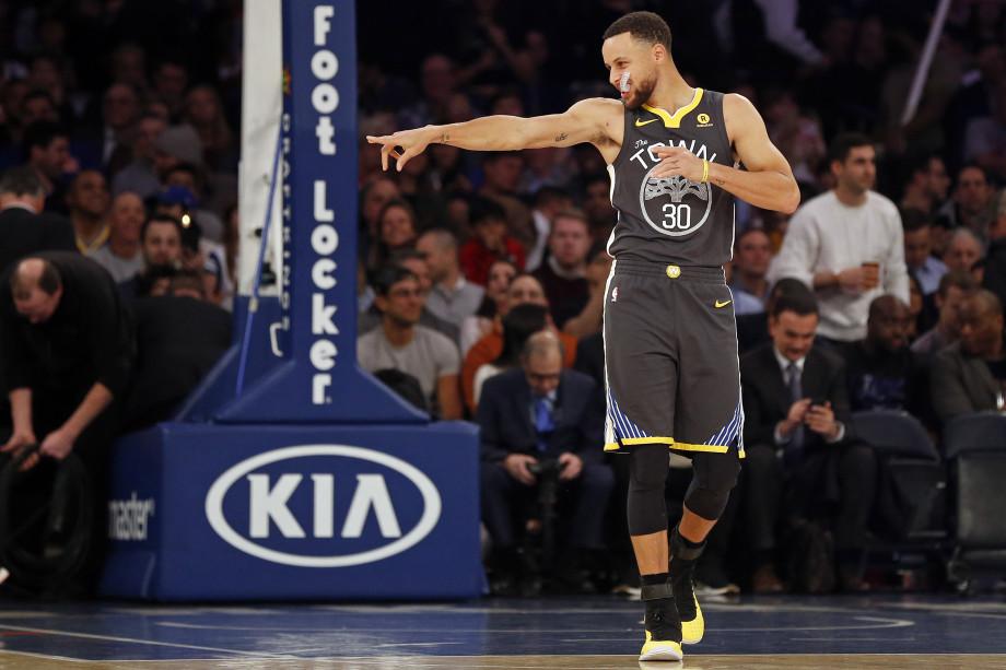 Steph Curry Warriors Knicks 2018 MSG