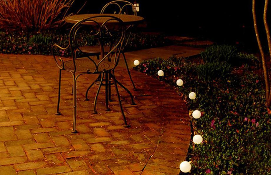 solar-powered-outdoor-plastic-string-lantern-sized