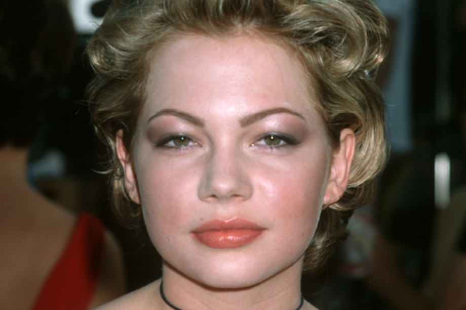 famous-actresses-start-horror-michelle-williams
