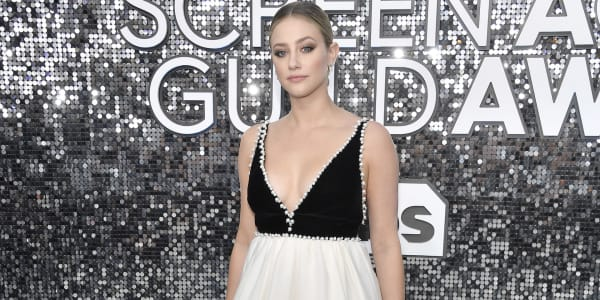 Riverdale Star Lili Reinhart Apologizes After Racially