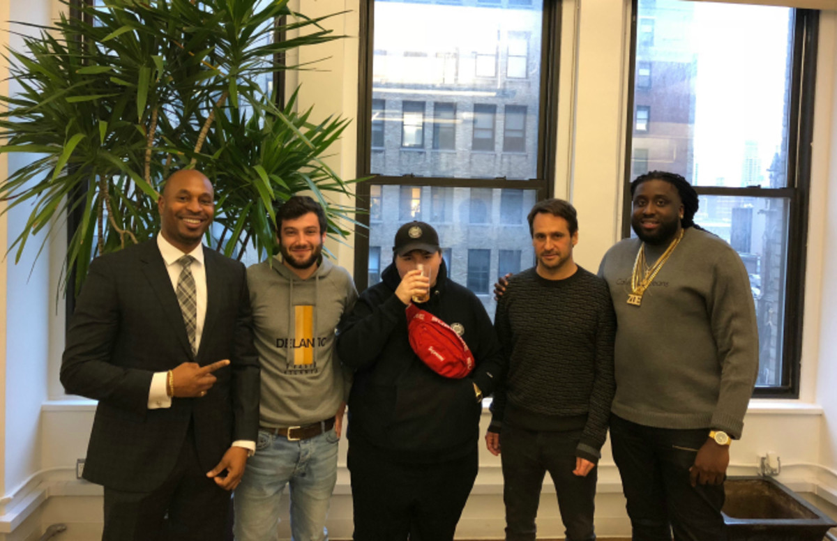 Internet Money Signs Joint Venture Deal With Alamo Records And Interscope Records Flipboard