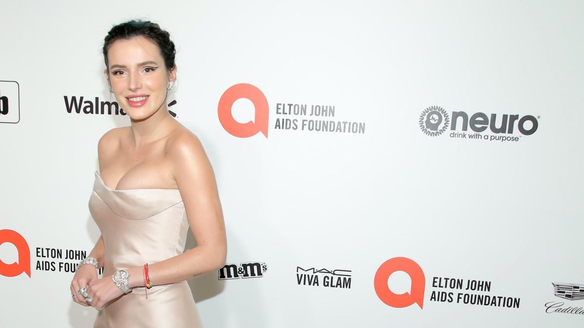 Bella Thorne Breaks OnlyFans Record by Earning $1 Million in 24 Hours