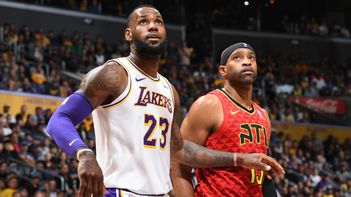 Watch Vince Carter Explain What LeBron Would Have to Do to Jump Kobe in the GOAT Rankings