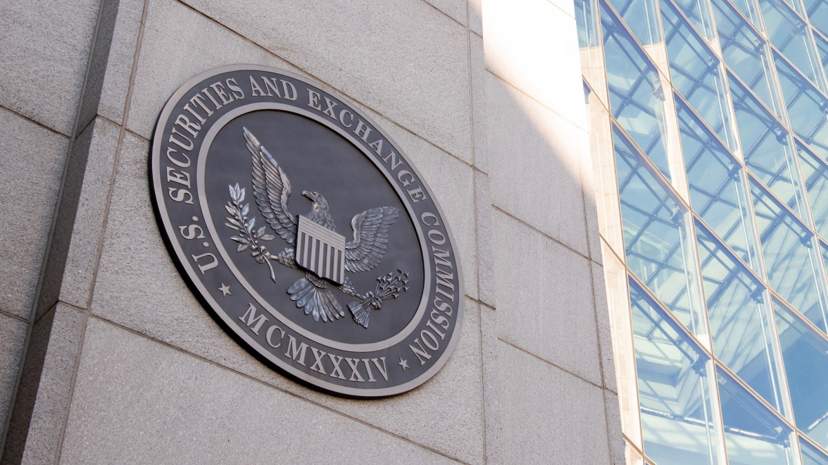 SEC Says It Will Protect Retail Investors From 'Abusive' Activity in Wake of GameStop Frenzy