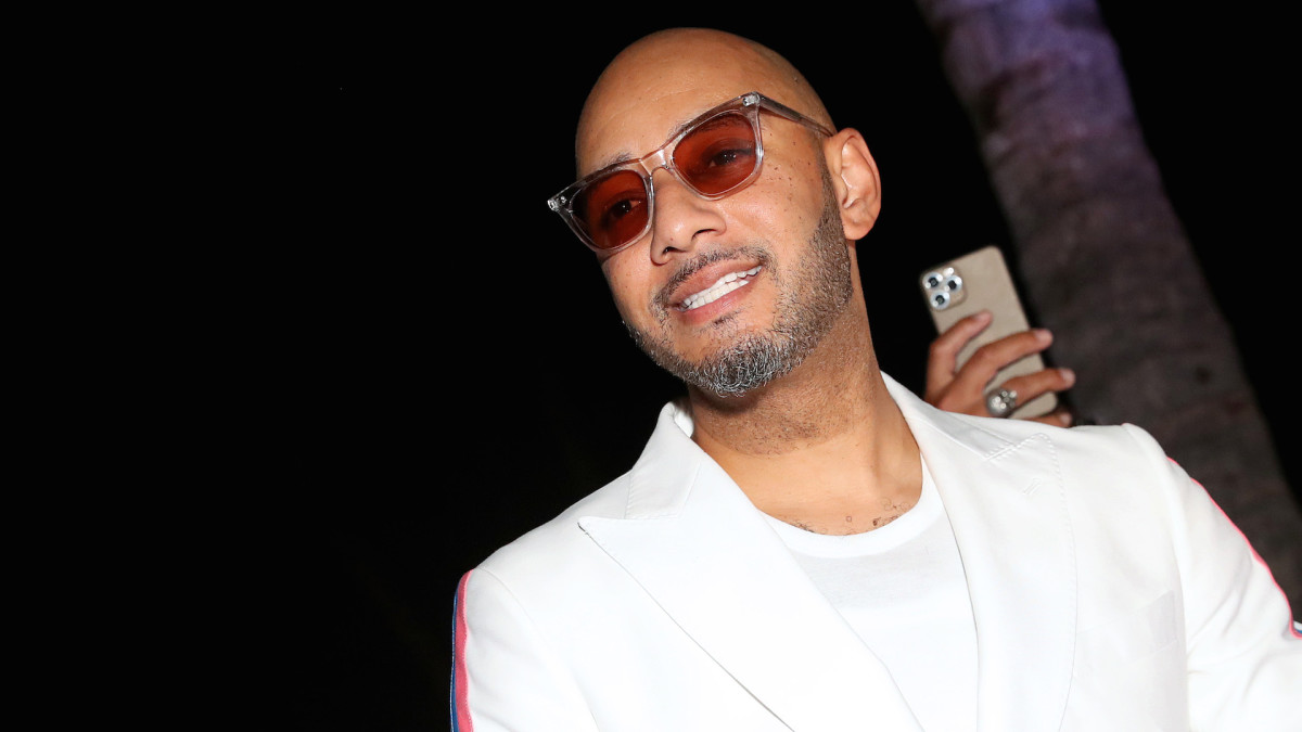 Swizz Beatz Wants to Put Together a Tupac and Notorious B.I.G. 'Verzuz' Battle