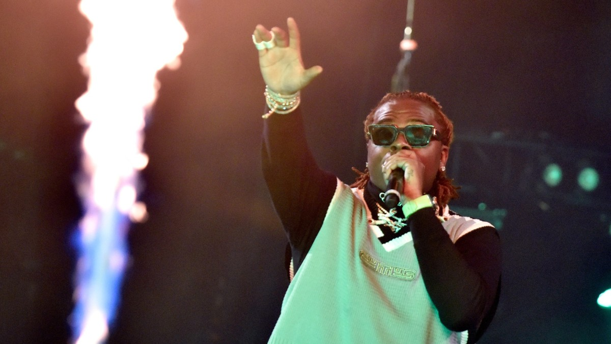 Gunna Perplexes Fans by Doing a Whippit on Instagram Live