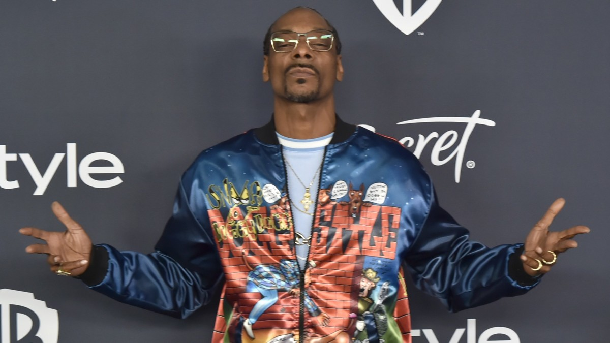 Snoop Dogg Reveals His Top 10 Rappers of All Time After Backlash From Excluding Eminem