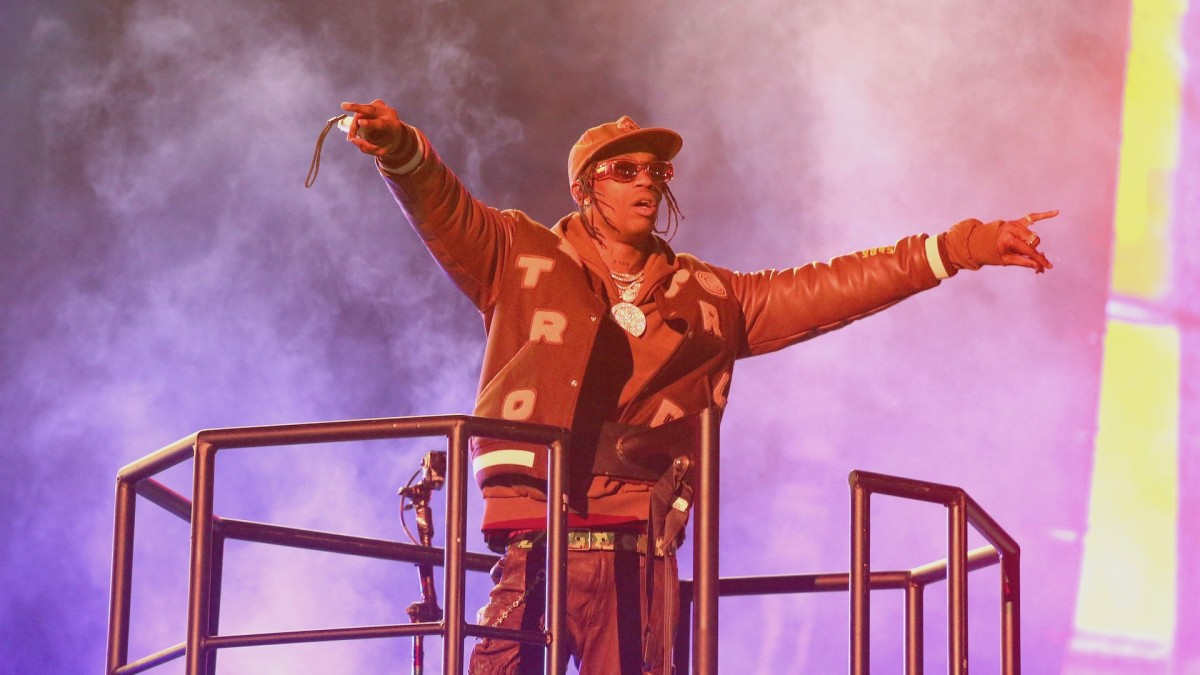 Gamers Are Convinced a Travis Scott 'Fortnite' Concert Is Happening Soon | Complex