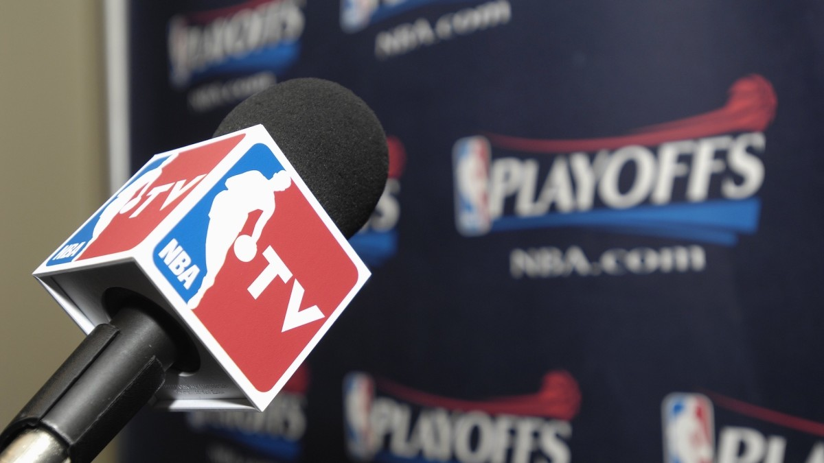 NBA Reporter Sekou Smith Dead at 48 From COVID-19 Complications