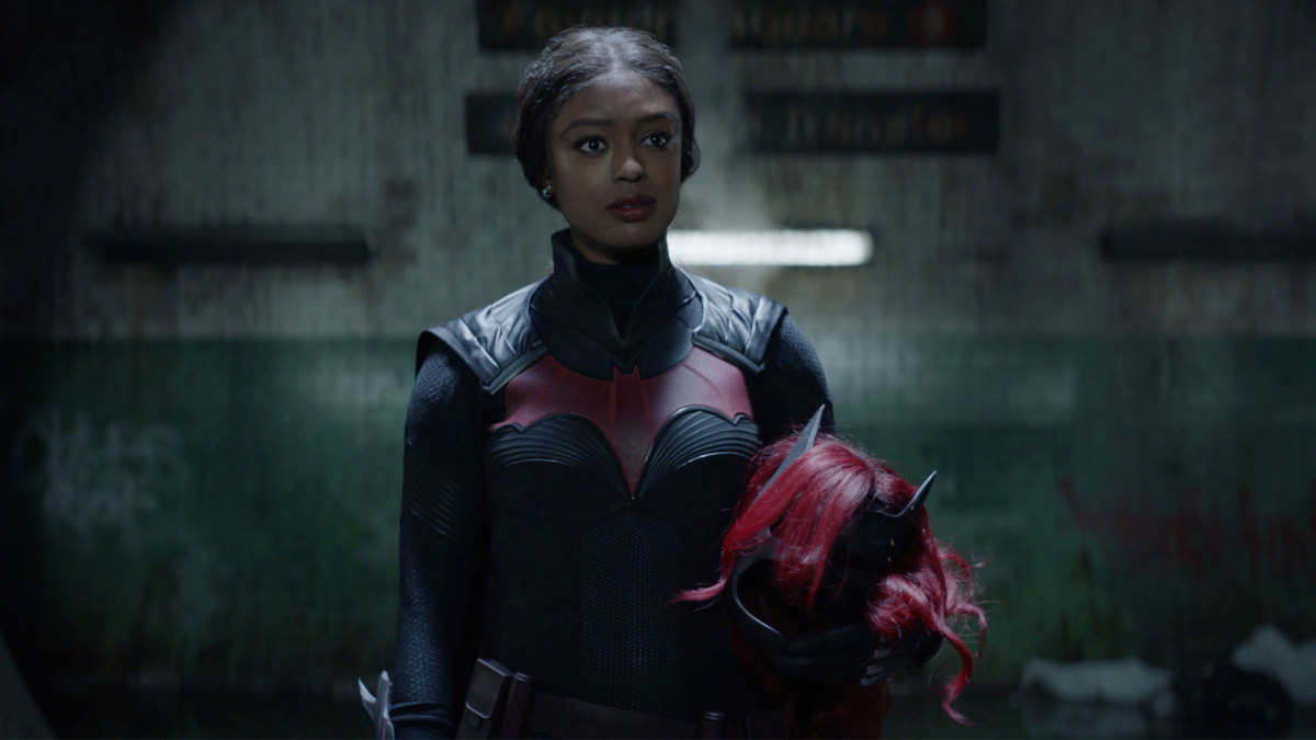 Javicia Leslie on Becoming the First Black Batwoman & Filming in Vancouver