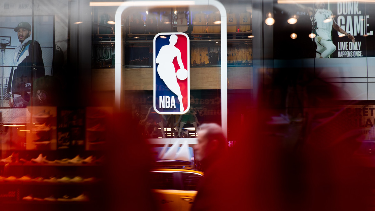 NBA and NFL Fans Thankful for Free League and Game Pass Access