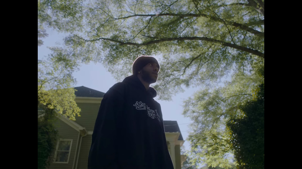 6lack Drops Video for `ATL Freestyle` and Shares...