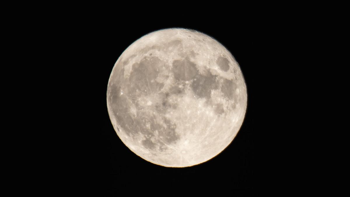 Rare Blue Moon Will Occur on Halloween