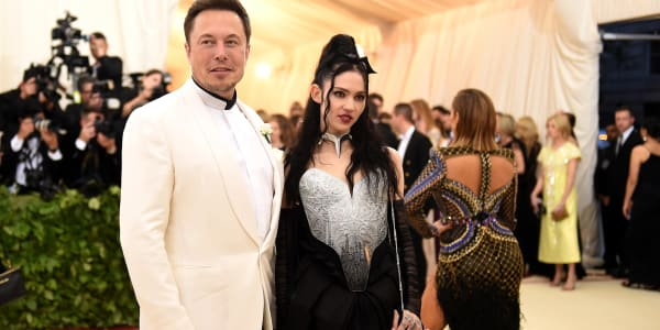 Grimes on That Bizarre Azealia Banks and Elon Musk Incident