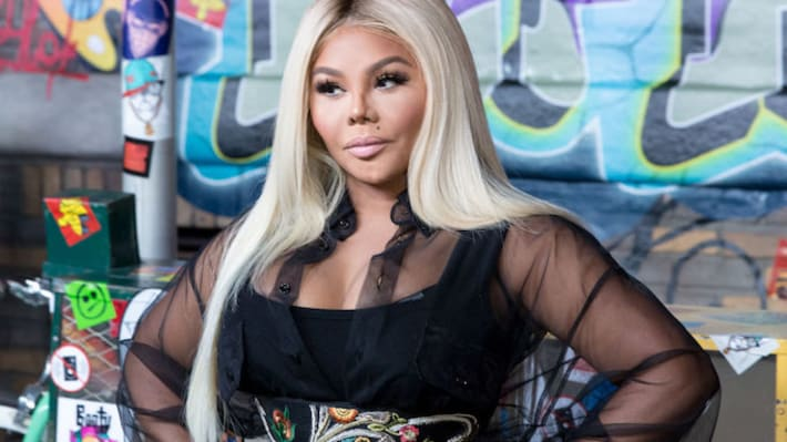Lil' Kim Perfectly Claps Back at Troll Who Tried to Body Shame Her