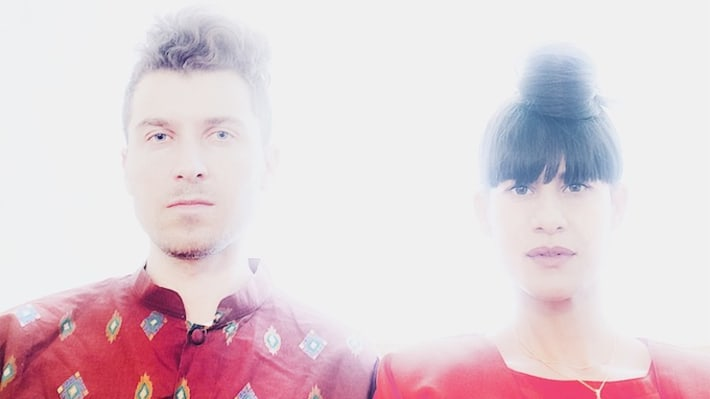 "Premiere: Soulful Electronic Duo Lesser Pieces Share Hypnotic Tale Of Heartbreak On ""Texas"""