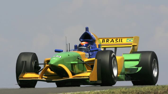 Two Drivers Brawl During Brazil's '500 Milhas de Kart' Race