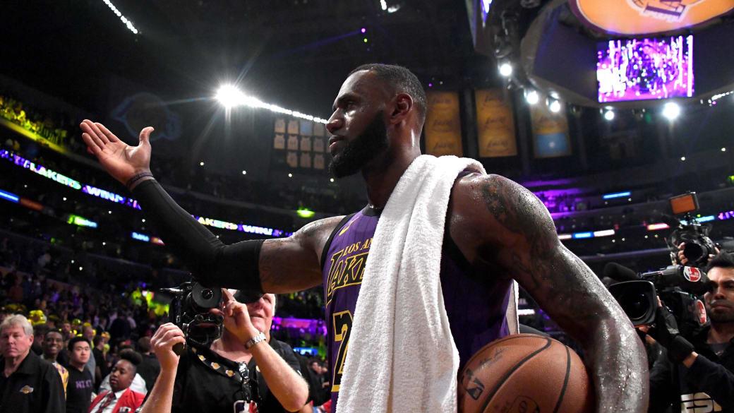 LeBron James Lakers 44 Points Blazers 2018