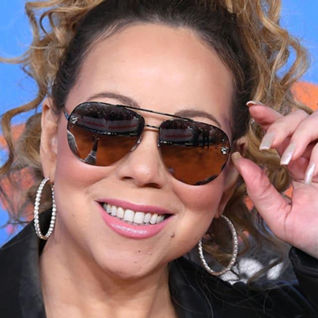Everyone's Losing It Over This Meme Mariah Carey Made ...