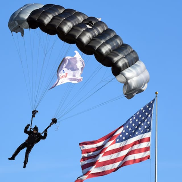 Navy seal team member dies after parachute fails during for Lockwood motors shine center