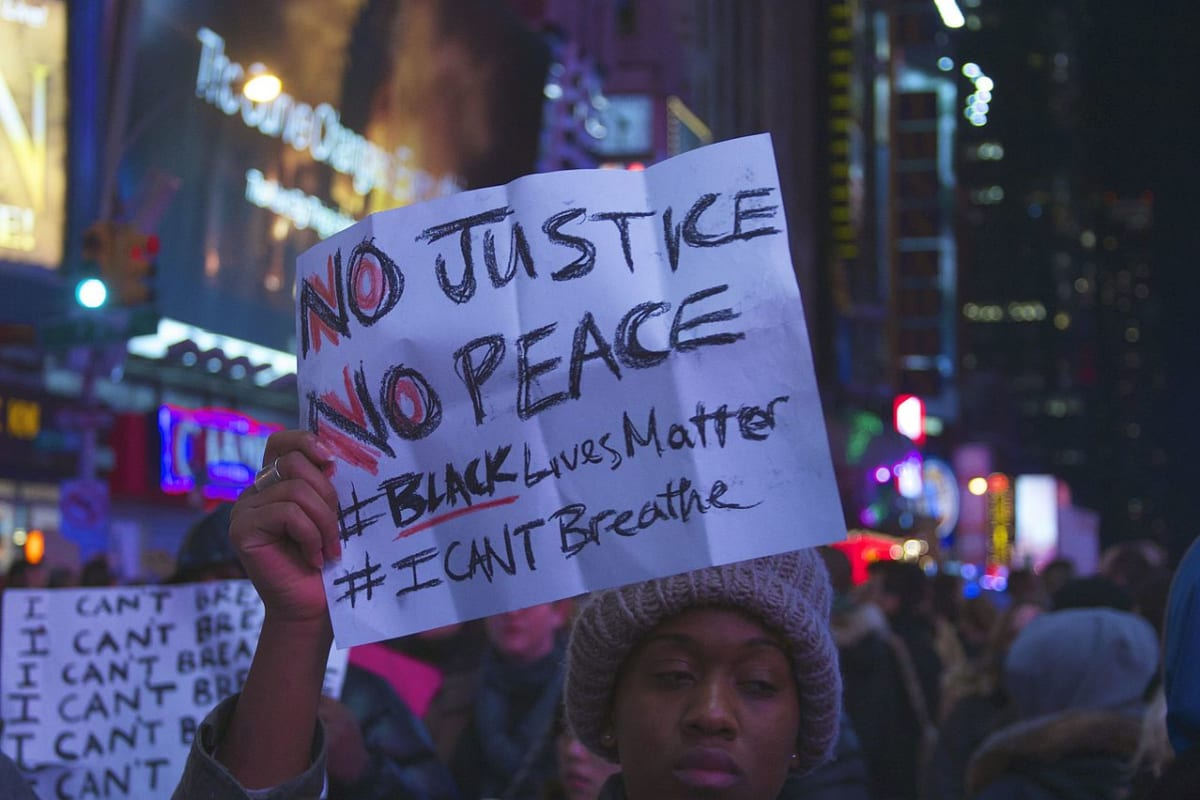 "Eric Garner's Daughter to de Blasio: ""Just Cause You Love Black P*ssy Don't Mean You Love Black Lives"""