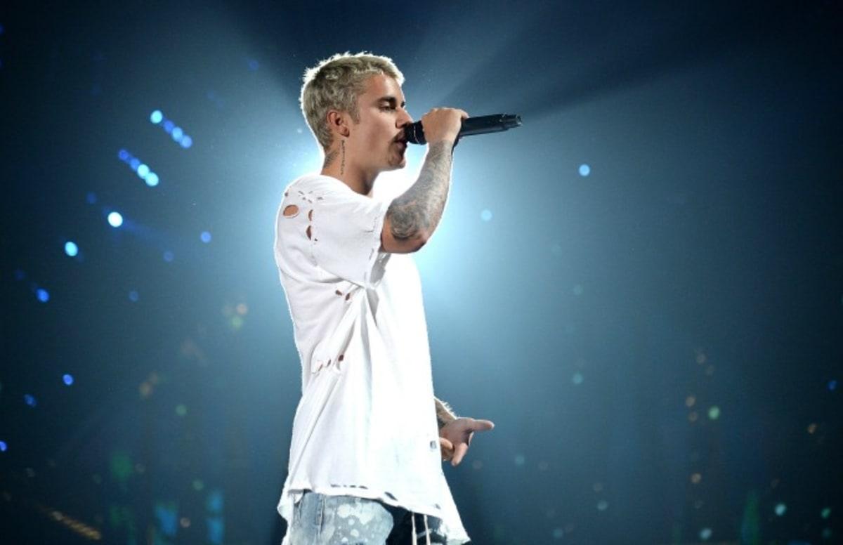 Daydream Stars: Justin Bieber: Shirtless Holiday Vacation!