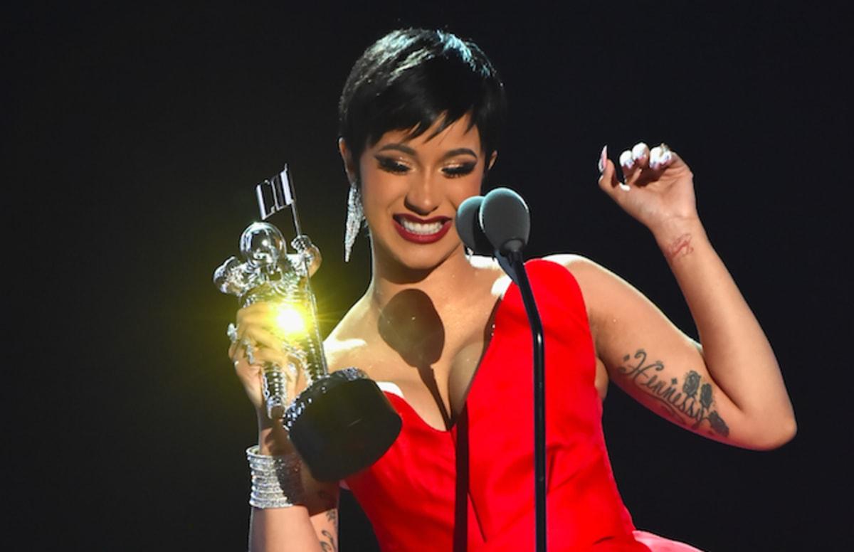 Cardi B Vma: Watch Cardi B's Acceptance Speech For Best New Artist At