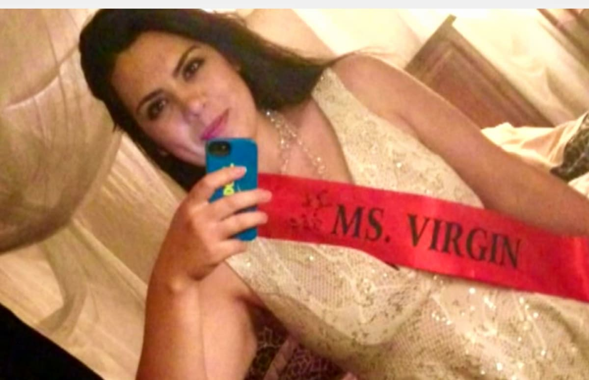 20-Year-Old Woman Auctioning Off Her Virginity After -3665