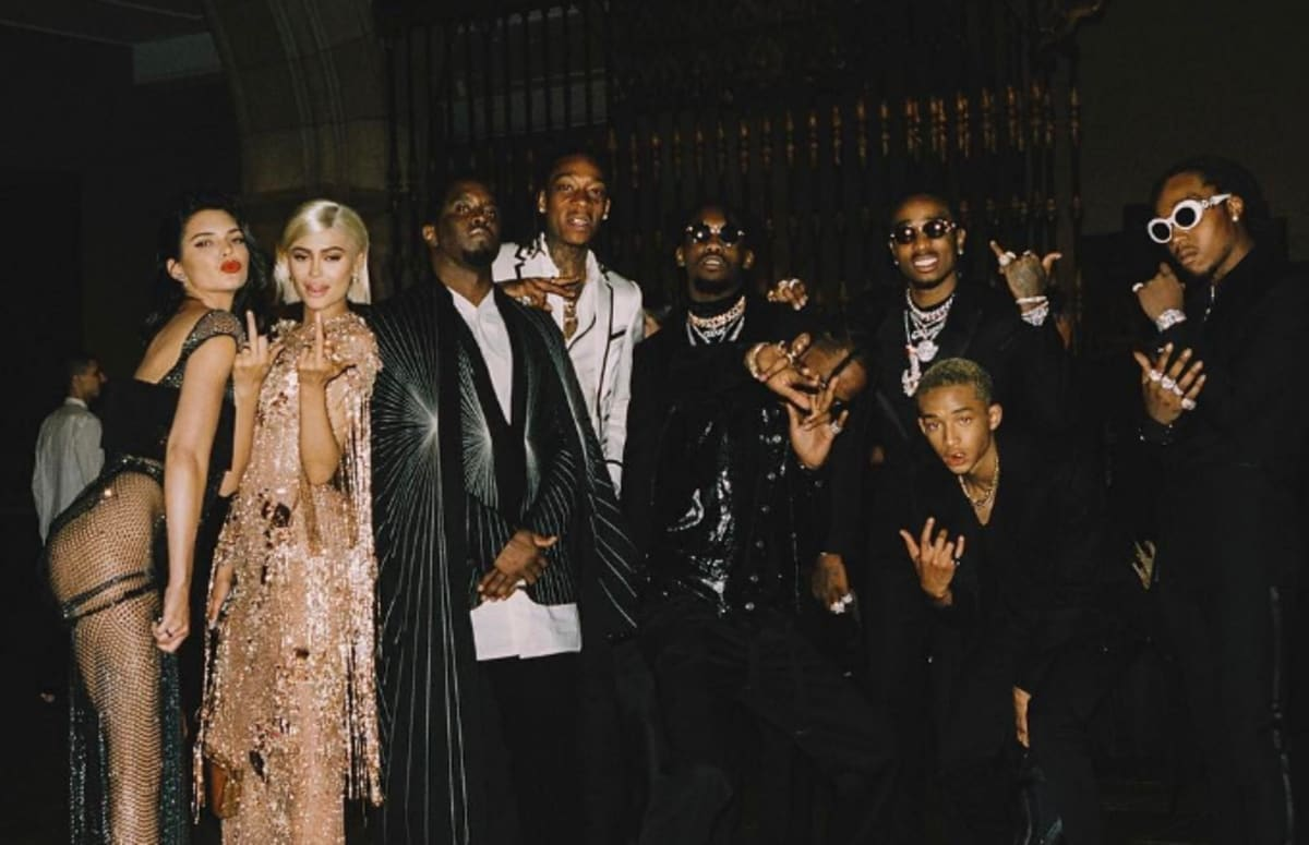 Diddy Cropped Kylie and Kendall Jenner Out of a Photo ...