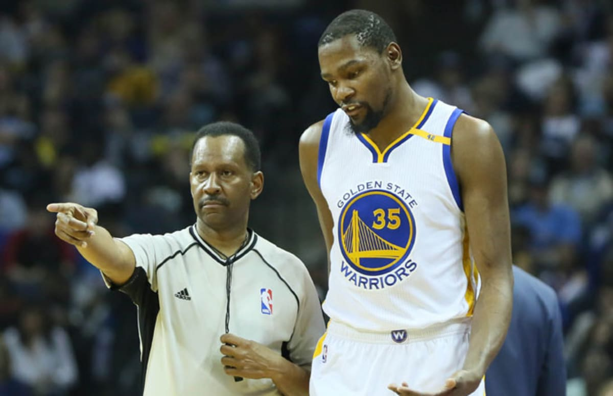 Some Cavs Players Reportedly Tried to Get Kevin Durant Ejected During First Quarter