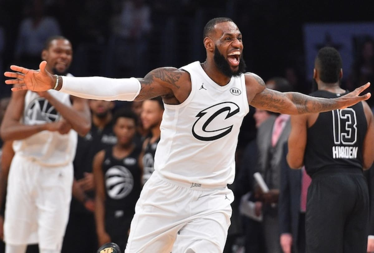 a634a9e7d679 LeBron James Shares the Ultimate Praise for  Black Panther
