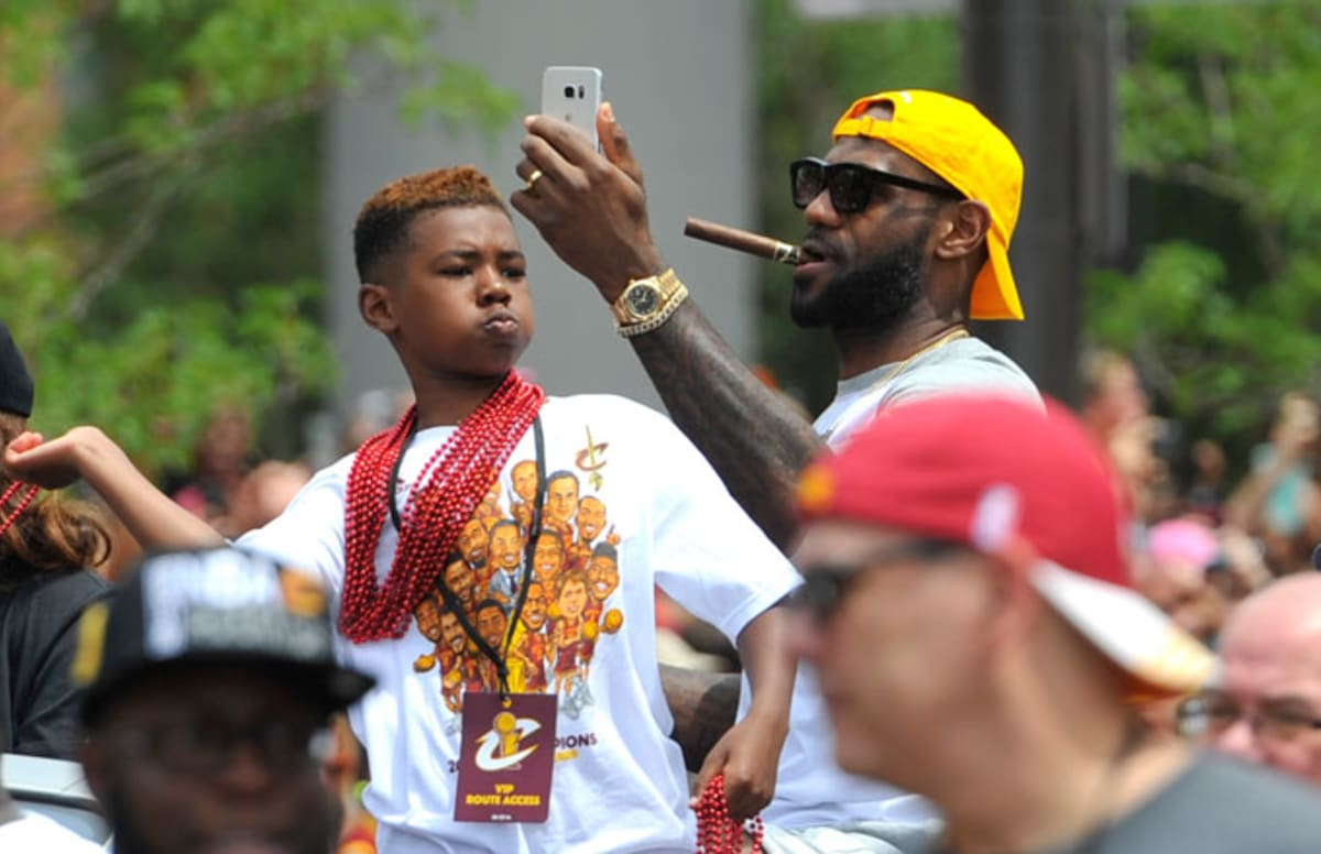 lebron james tells lavar ball to keep my kids names out of your