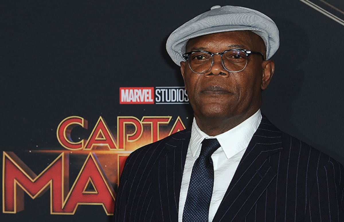 Here s Why Samuel L. Jackson Didn t Feel Weird Seeing Himself as ... fc975b56413