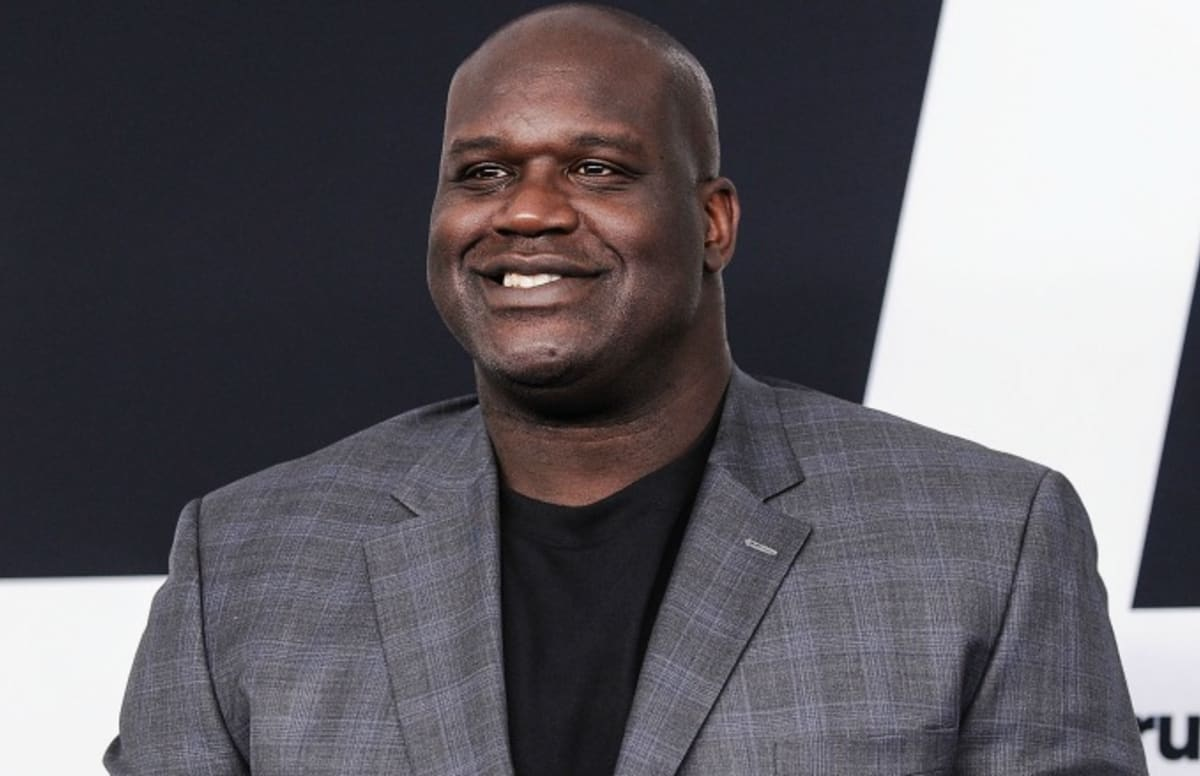 Shaq showed off his disgusting toes on live tv and for Where does shaq live