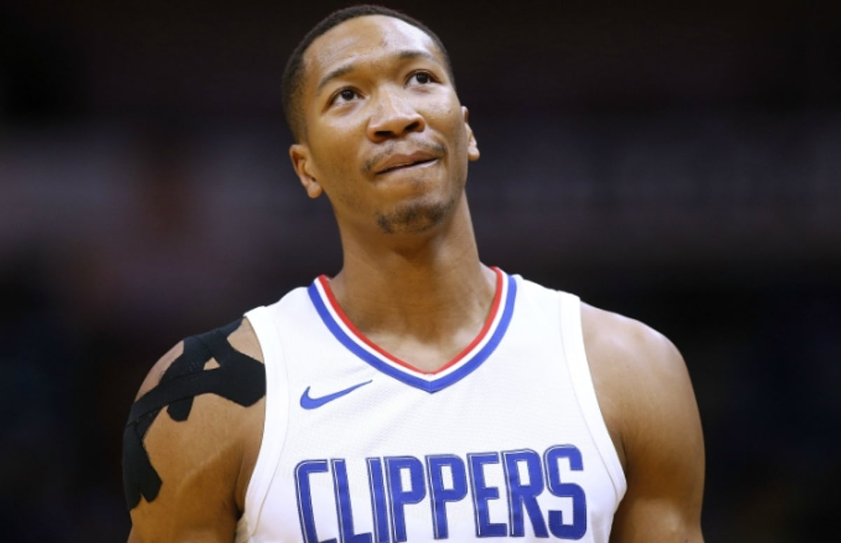 1a07c4da8060 Wesley Johnson on Internet s Reaction to James Harden Crossover   Social  Media Is Undefeated