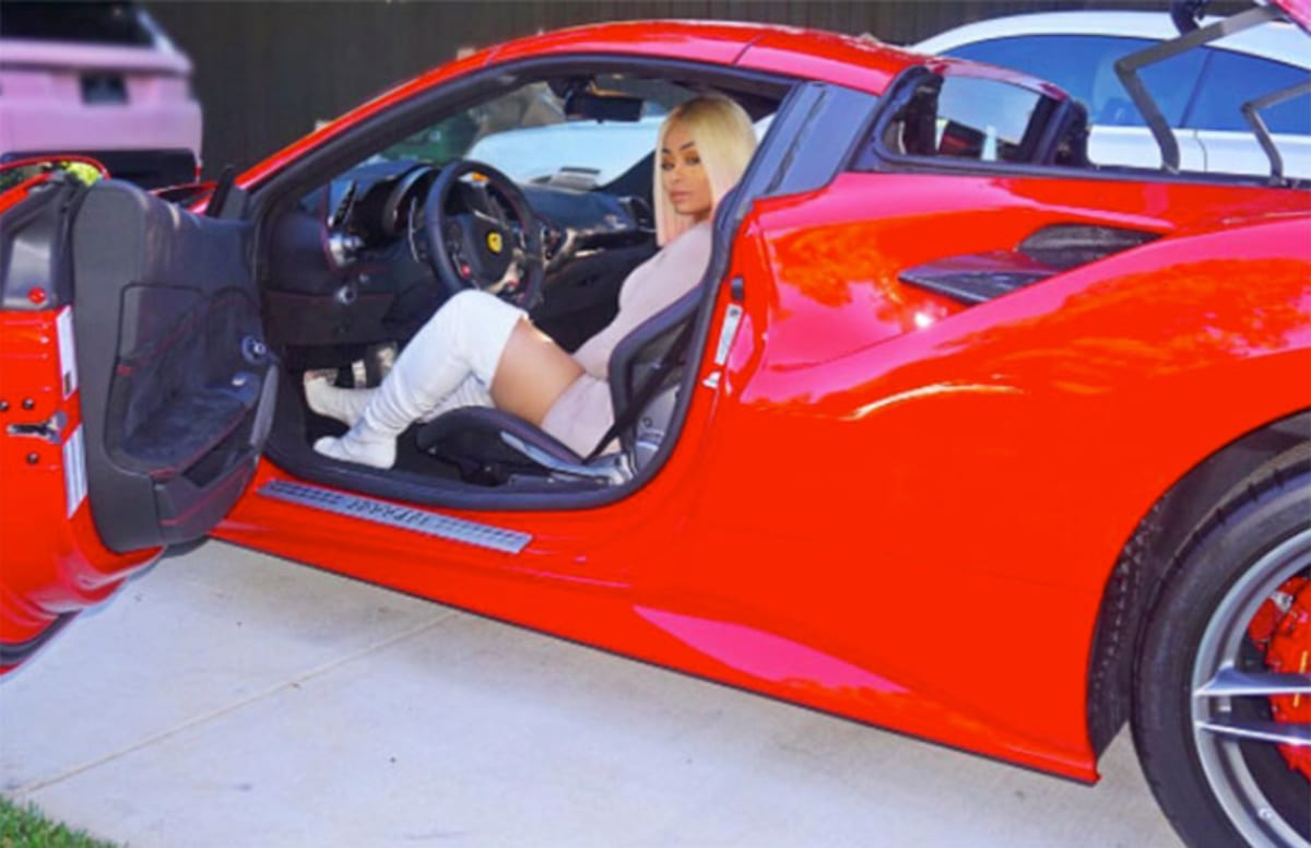 blac chyna placed in ambulance after being rear ended in los angeles complex. Black Bedroom Furniture Sets. Home Design Ideas