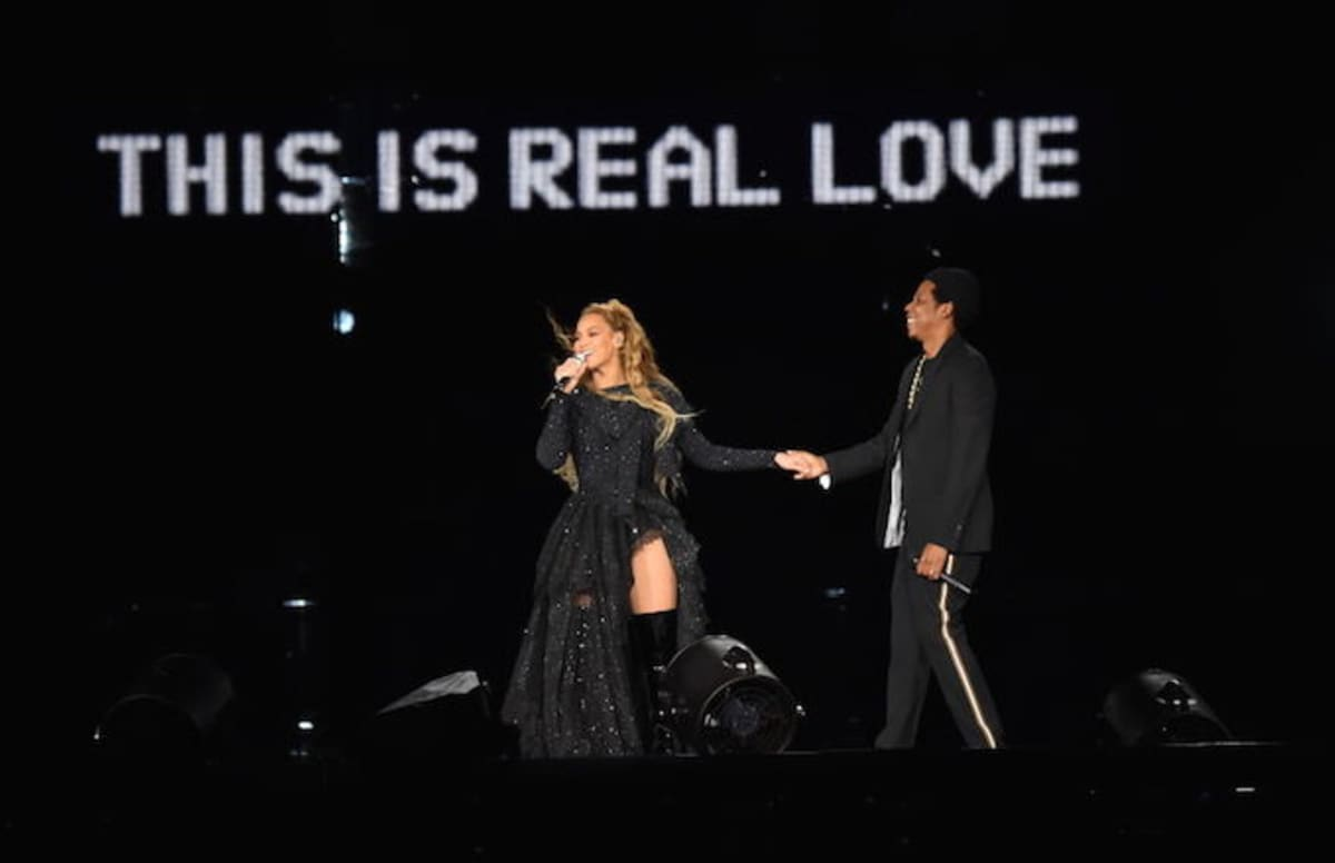 Beyonc And Jay Z Chill Nude In On The Run Ii Tour Book -9387