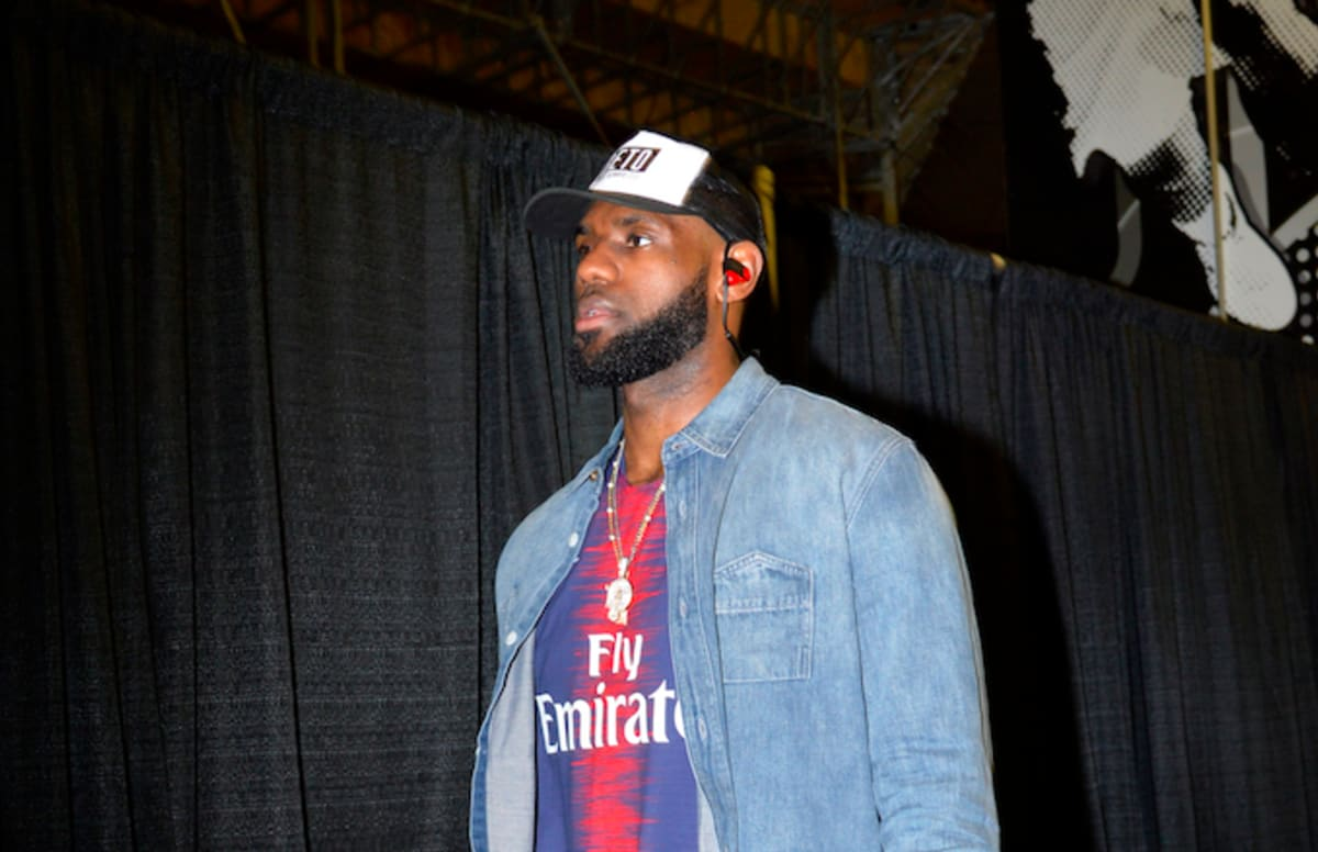 Lebron James Shows Support For Beto O Rourke Ahead Of